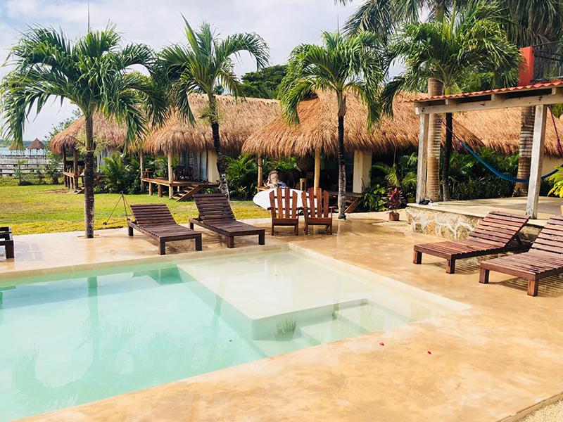 Alberca Casa Bakal