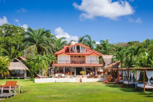 12 Casa Bakal